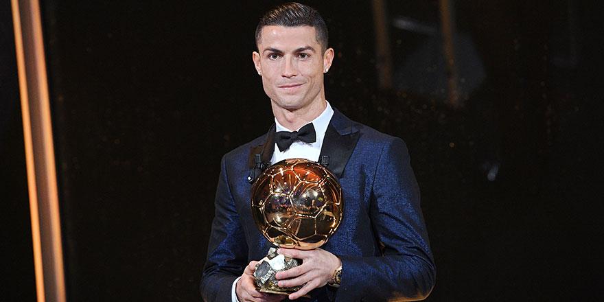 Cristiano Ronaldo 5. kez...