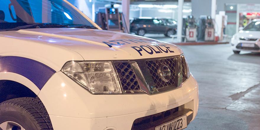 Güneyde 3 polis insan ticaretinden tutuklandı