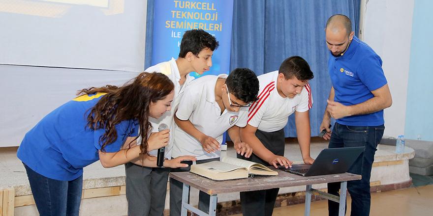 """Kuzey Kıbrıs Turkcell'le """"Teknoloji Seminerleri"""" ikinci yılında"""