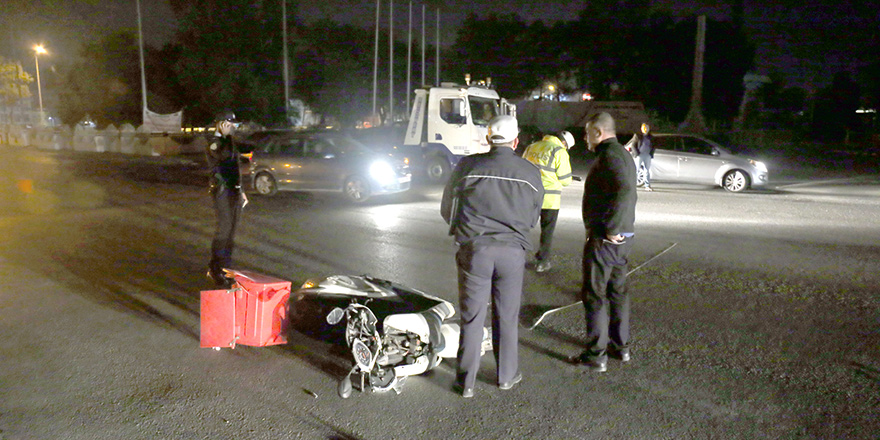Fuar önünde kaza: 1 ağır yaralı