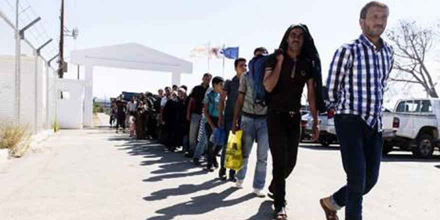 7 bin 500  siyasi sığınmacı!