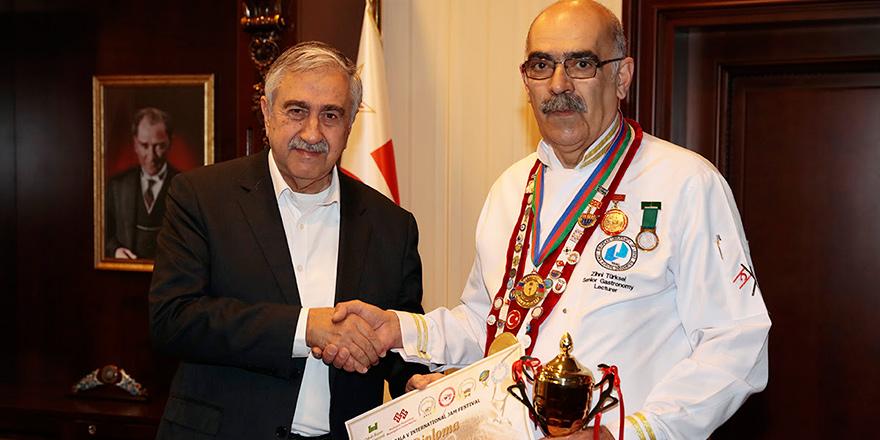 Zihni Türksel'e Azerbaycan'da birincilik