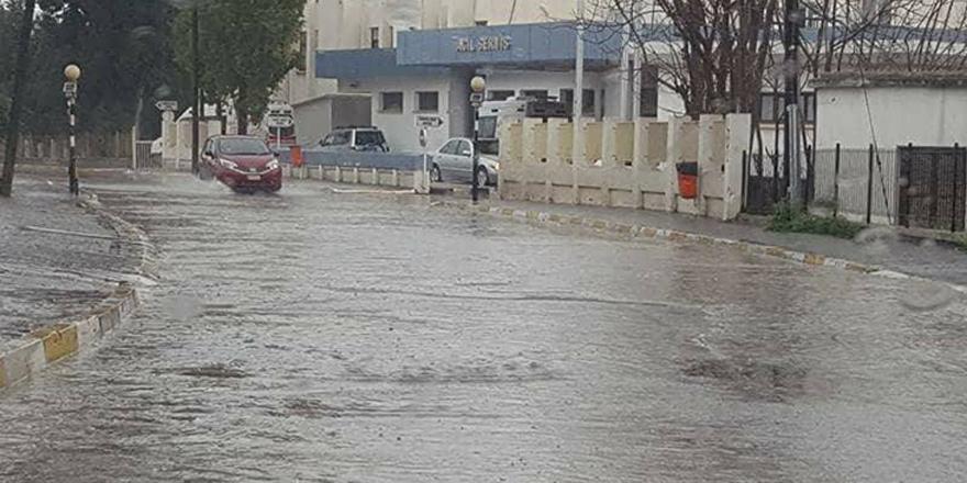 Kıbrıs yağmura teslim!