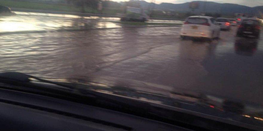 Kaçış yolları sular altında!