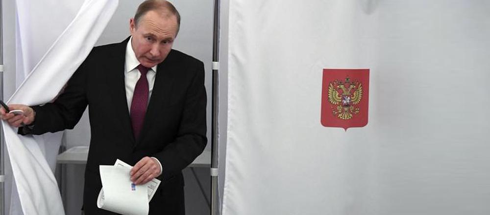 """Rusya yeniden """"Putin"""" dedi"""