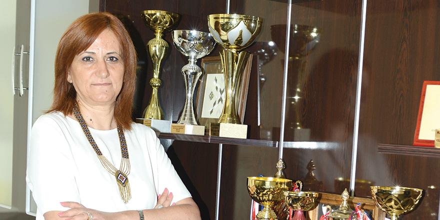 İlknur Özinal Şemi: Aşk en büyük şans