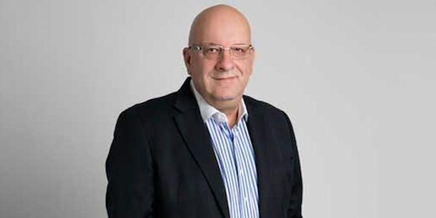 Yeni başkan George Koumas
