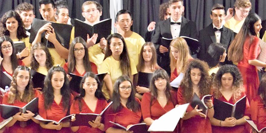 Öğrencilerden ortak konser