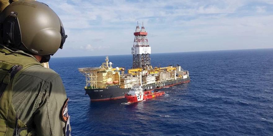Denizaltı boru hattı için imzalar atıldı