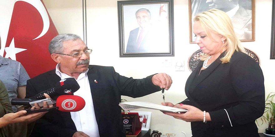 Y.Erenköy'de maaşlar ödendi, hizmet başlıyor