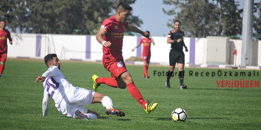 Çetinkaya Karadağ'da tökezledi: 1-1