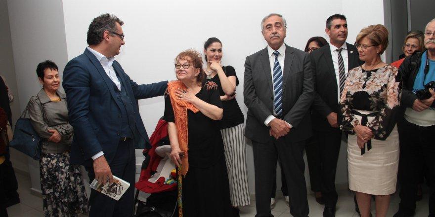 Özden Selenge'nin 23. kişisel sergisi açıldı