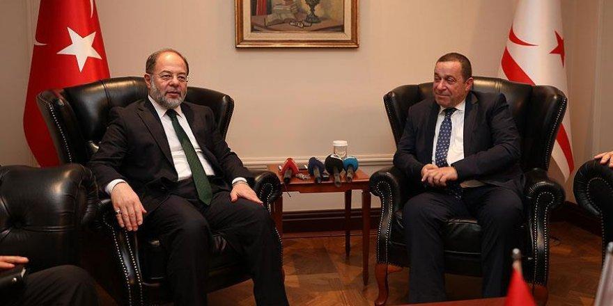 """""""Kıbrıslı Türkleri halkımızdan ayırmıyoruz, pozitif ayrımcılık da yapıyoruz"""""""