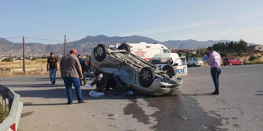 Yeniceköy kavşağında kaza: 3 yaralı
