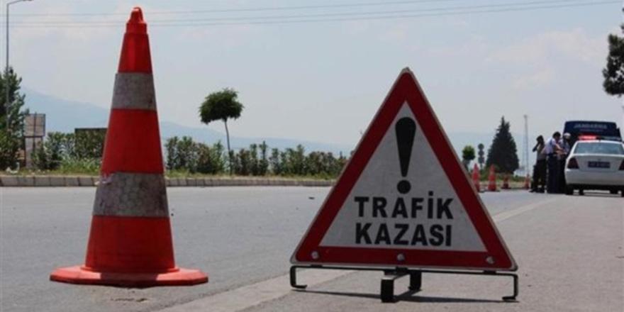 Doğanköy'de motosikletli sürücü 4 yaşındaki çocuğa çarptı