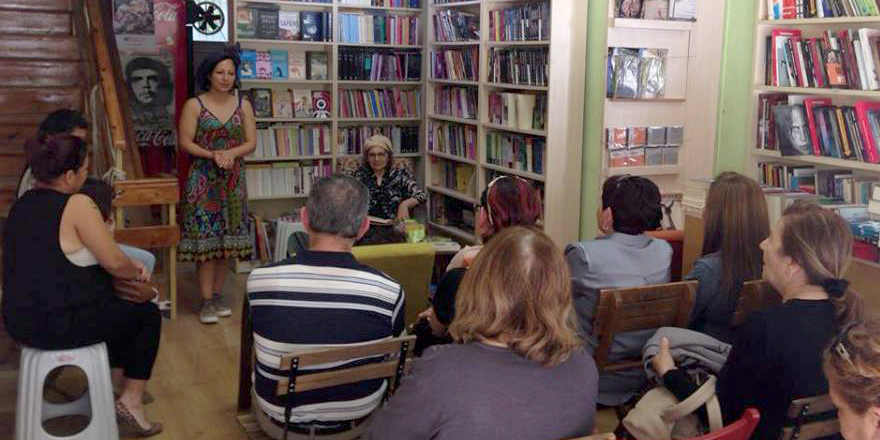 Yazar Yakupsoy, Khora'da okurlarıyla buluştu