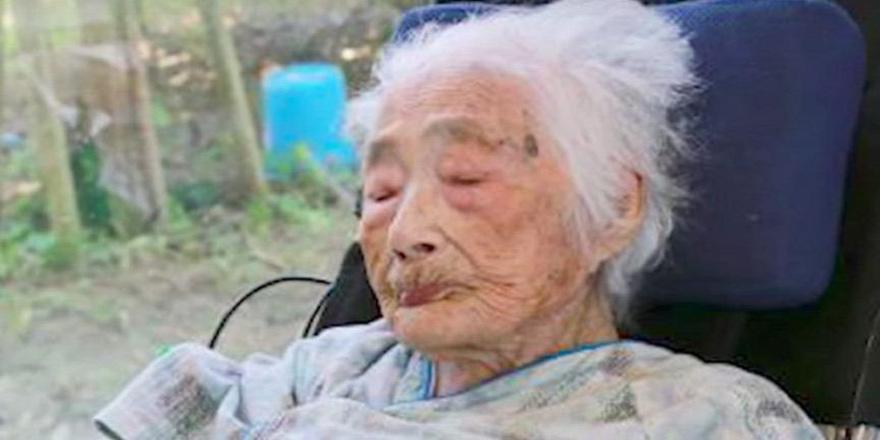 Dünyanın en yaşlı insanı hayatını kaybetti
