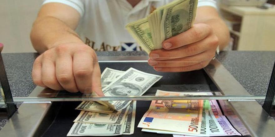 Dolar ve Euro güne düşüşle başladı