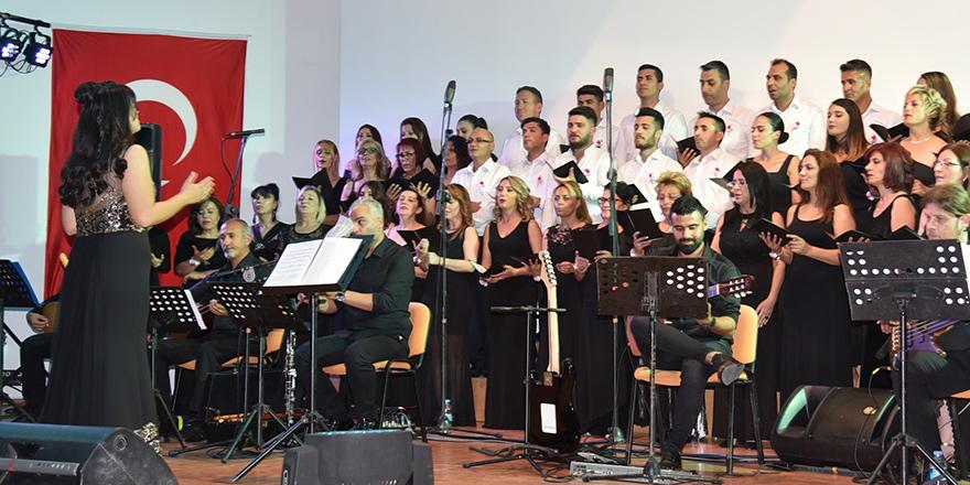LBO Halk Müziği Korosu Konseri büyük bir beğeni ile izlendi