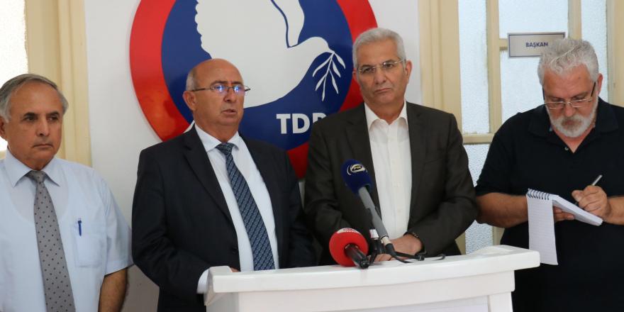 AKEL, TDP ile bir araya geldi: Tek seçim federasyon