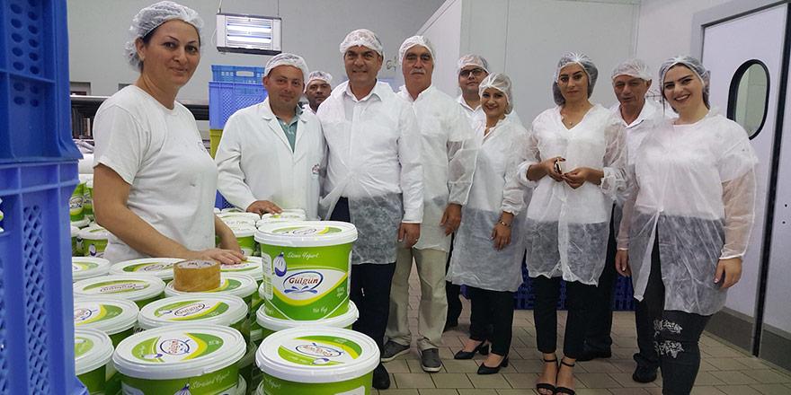 Karavezirler ekibiyle süt ürünleri üreticilerini ziyaret etti