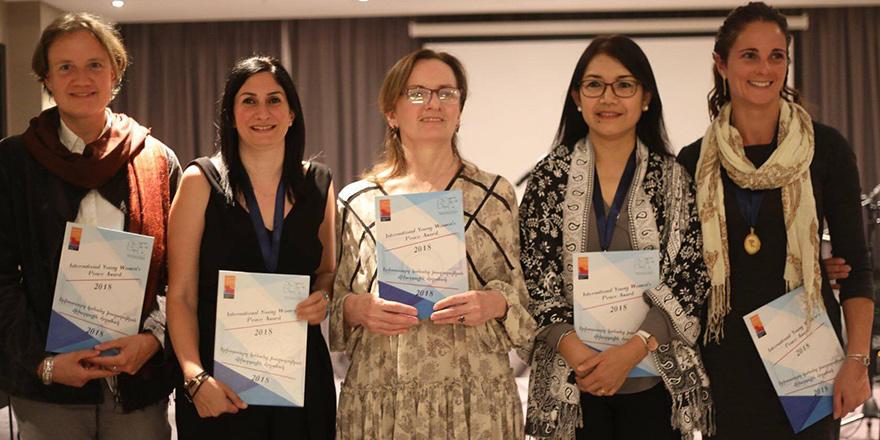 Mine Balman, Uluslararası Genç Kadınlar Barış Ödülü'nü kazandı…
