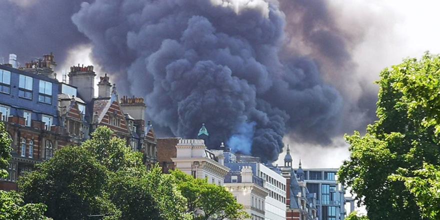 Londra'da 5 yıldızlı otelde yangın