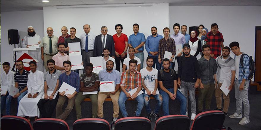 Öğrencilere sertifikaları verildi