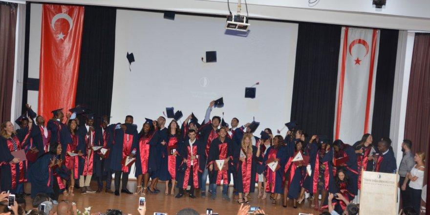 YDÜ Turizm ve Otel İşletmeciliği Yüksekokulu mezunlarını verdi