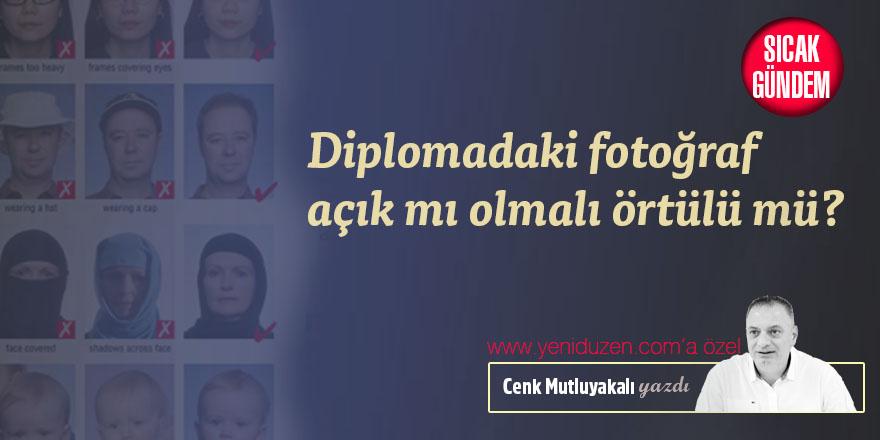 Diplomadaki fotoğraf açık mı olmalı örtülü mü?