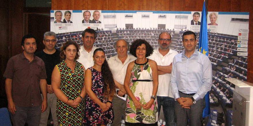 'Kıbrıs için acil adım atılmalı'