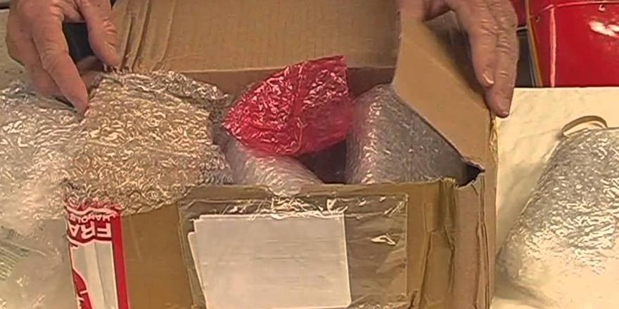 Posta paketinden uyuşturucu çıktı