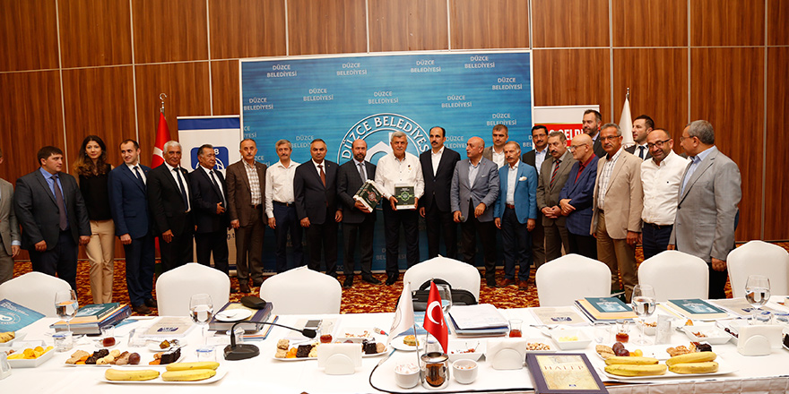 Özçınar, Türk Dünyası Belediyeler Birliği toplantısına katıldı