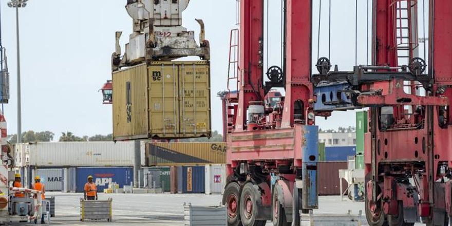Güneyde dış ticaret açığı düştü