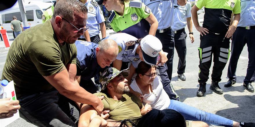 CAS, Ercan'da süresiz eylem başlattı