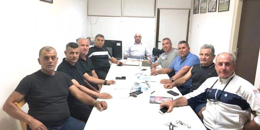 Antrenörler Derneği'nin yönetimi toplandı