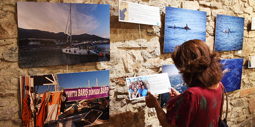 """""""Barışa Yelken"""" sergisi açıldı"""