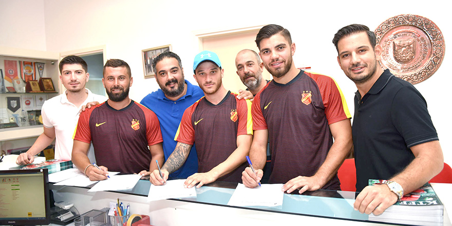 Çetinkaya'da yeniler imzaladı