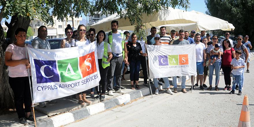CAS çalışanları yeniden Başbakanlık önünde