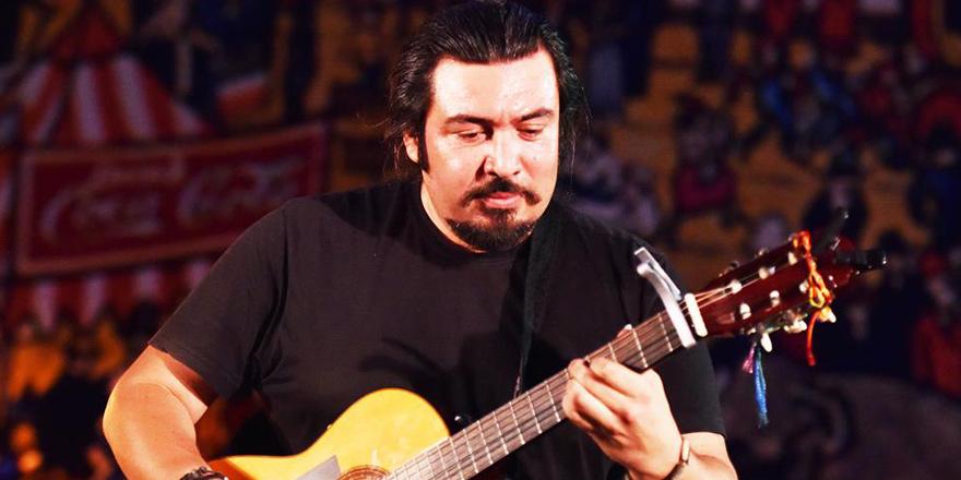 İbrahim Çetiner'den Yeni Bir Video 'Baila Salsa Senora'