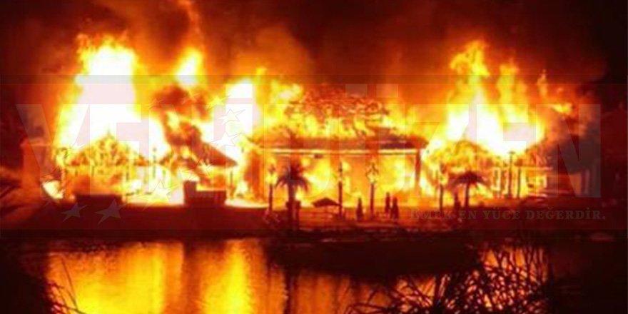 Cratos Otel'de yangın