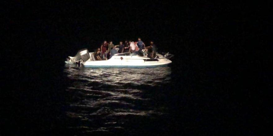 14 mülteci yakalandı