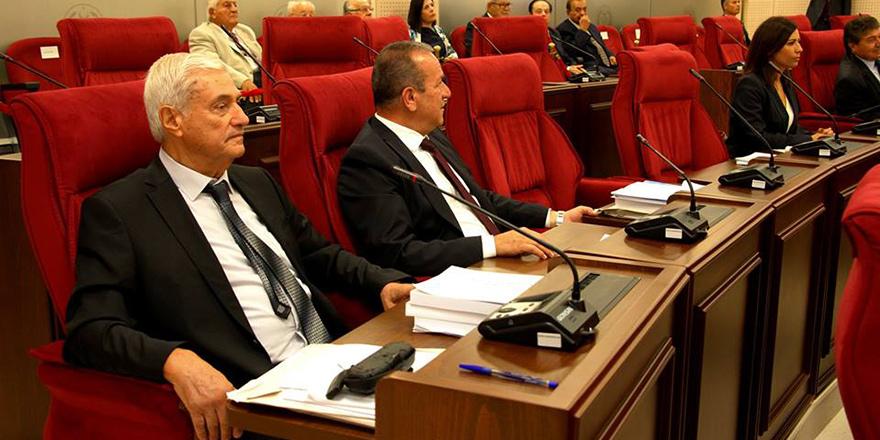 Mecliste 'hayvan' tartışması
