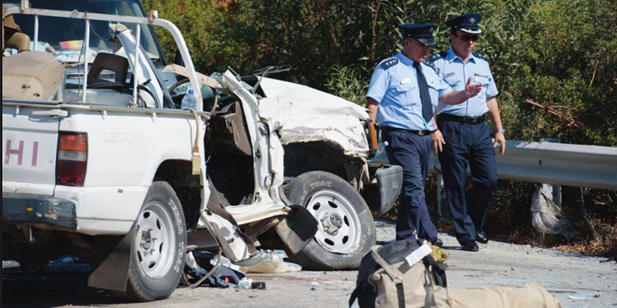 Limasol yolunda feci kaza, 2 ölü