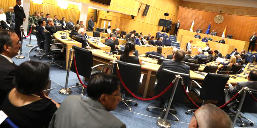 Kıbrıslı Parlamenterler İzmir'de yer alan APA komitelerinin toplantılarına katılıyor