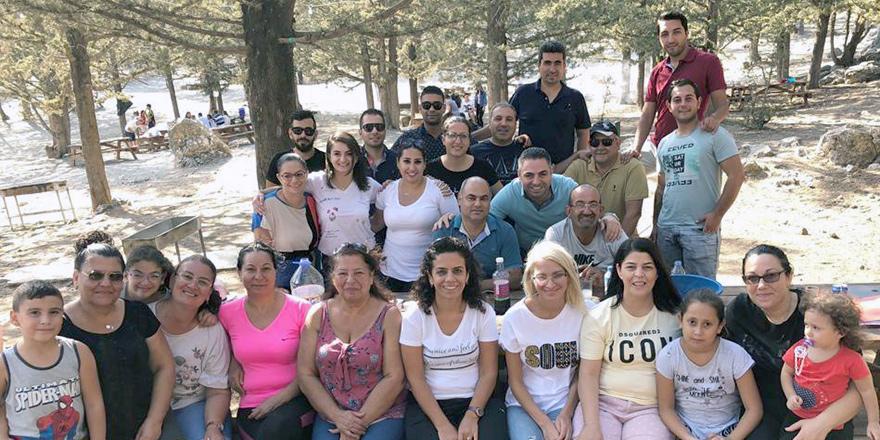 Karasuçalışanları piknikte eğlendi