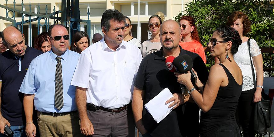 'Türkiye'den gelen 5 öğretmen bakanlıkta görevlendirildi'