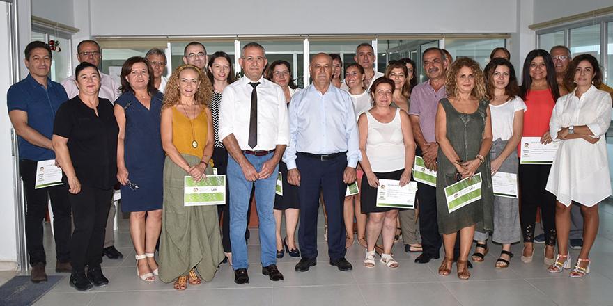 Gazeteciler sertifikalarını aldı