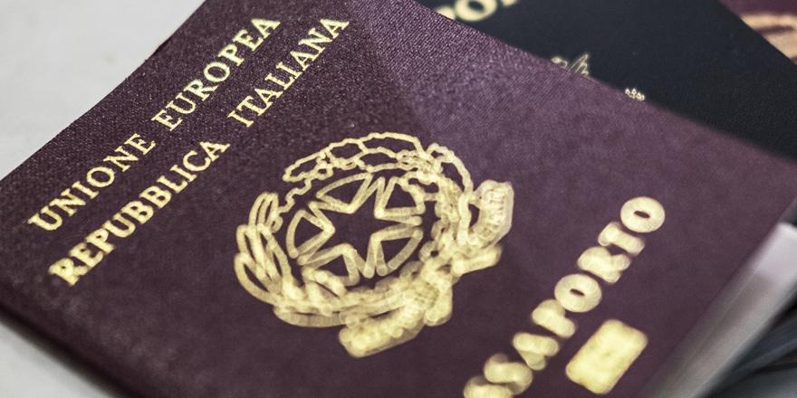 Sahte pasaport çetesi çökertildi