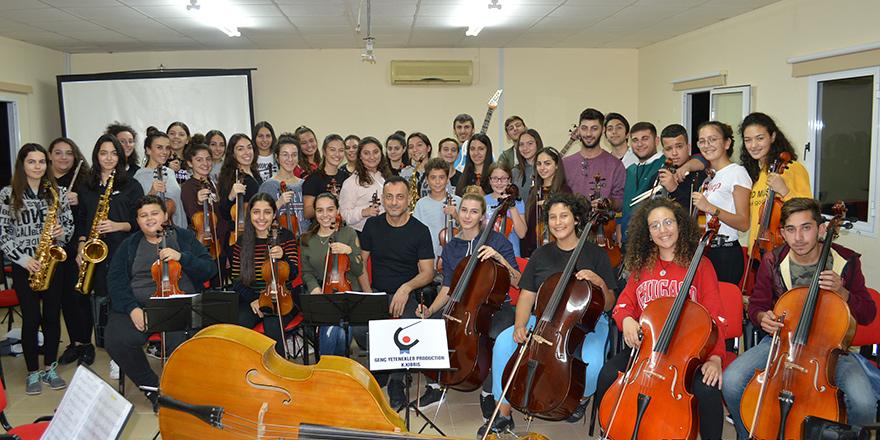 Cumhuriyet Gençlik Şöleni'nde, Gençlerin Orkestrası Sahne Alacak